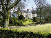 Brownber Hall is a magnificent country house offering bed and breakfast. The house is set amid beautiful rolling countryside and enjoying panoramic views across open farmland to the Howgill fells. 10 en-suite bedrooms, log fire, traditional Cumbrian breakfast. Dogs welcome by arrangement.